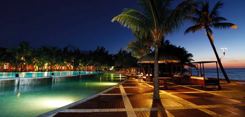 Dinarobin beachcomber golf resort spa le morne maurice for Hotel chercher